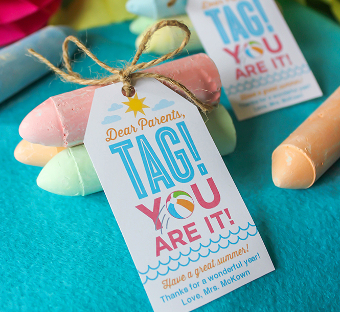 tag, your it, teacher appreciation, teacher gift, free printable gift tag, gift tags, teacher, school,