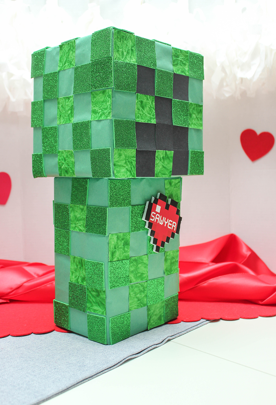 Minecraft Valentine Box, Minecraft Valentine Box Idea, Creeper, Minecraft, DIY Valentine Box, Valentine craft, Just Add Confetti, Creeper Valentine, Valentine's Day, Creeper box, Minecraft box, Creeper Valentine box, Minecraft Valentine, free printable, heart printable, digital heart, name tag, heart name tag, Minecraft heart