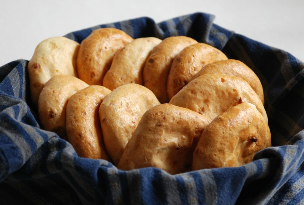 Bolivian cheese bread cunapes just as good neighbor invited me over to try this simple amazing recipe to share she called them cunapes but you can also find them called bolivian cheese bread forumfinder Image collections