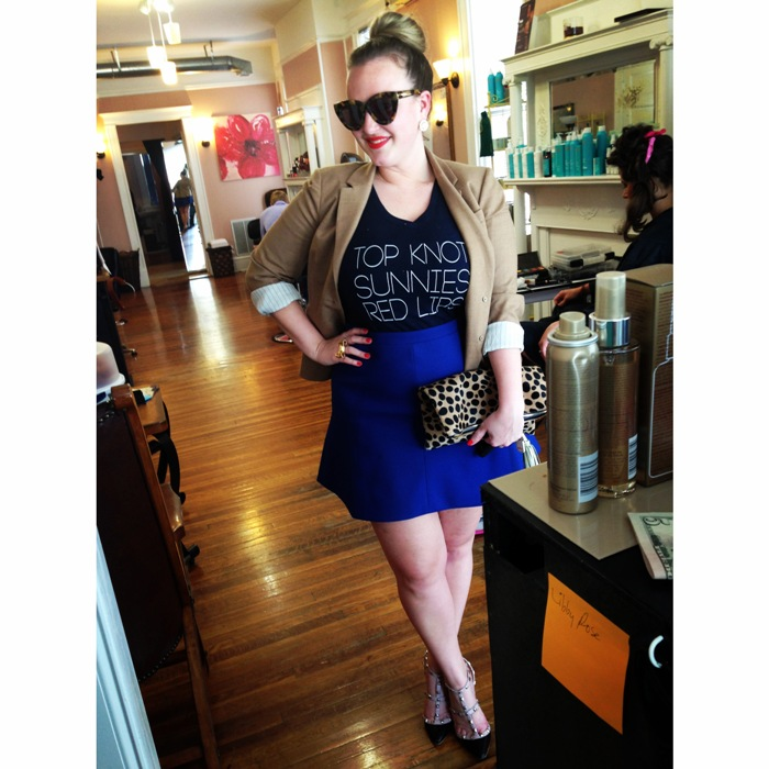 Top Knot Sunnies Red Lips