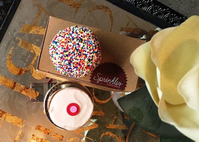 Sprinkles Funfetti Cupcakes