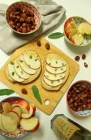 Hummus Apple Tartine