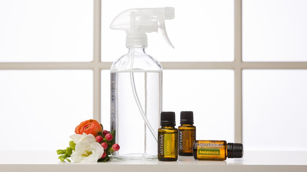 Essential Oil Tip #6 – Cleaning Spray
