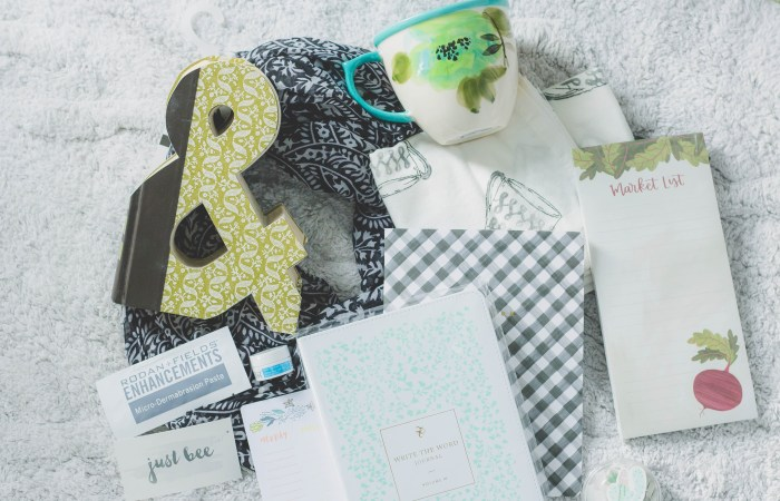 Just Bee's 3rd Anniversary (+ a big giveaway!!)
