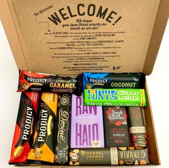 earthly kind vegan plastic free food snack hamper