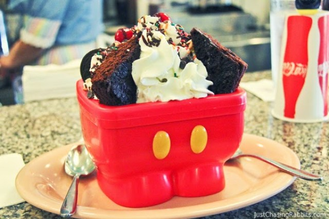The Mickey Kitchen Sink Sundae from Beaches and Cream