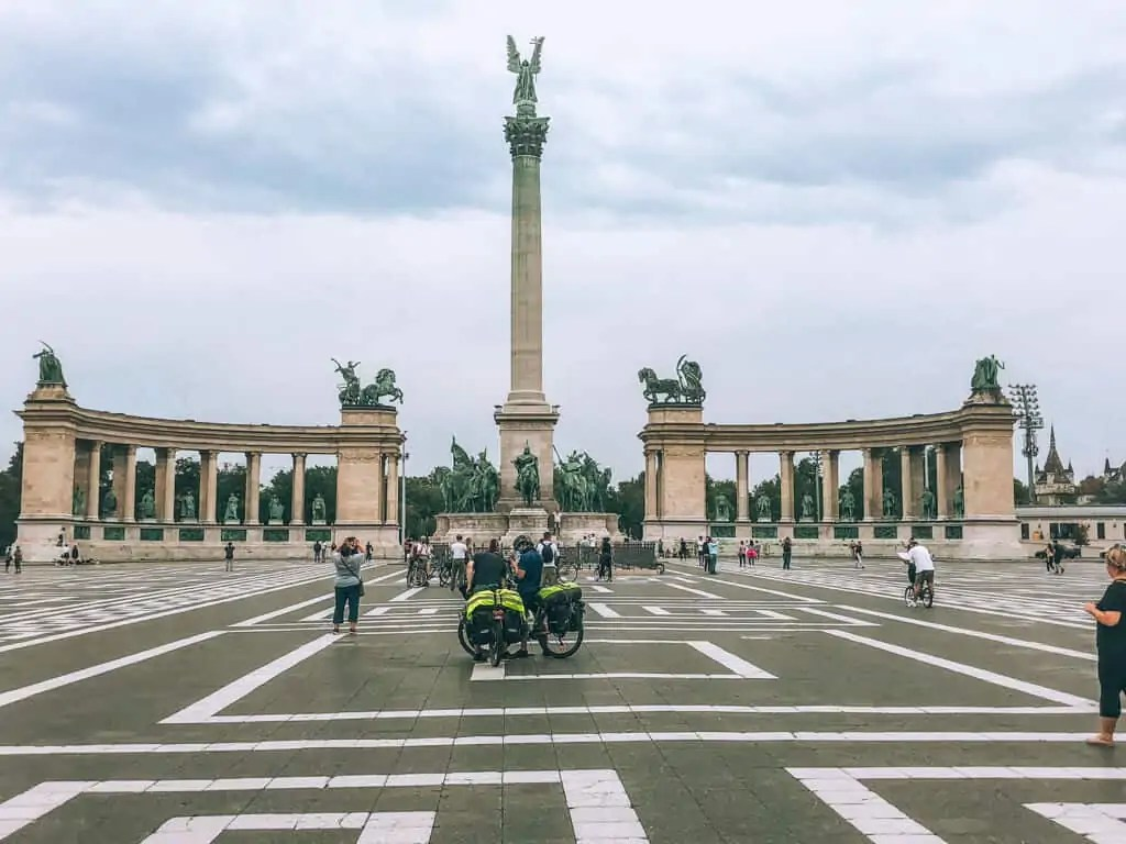 heroe's square in Budapest