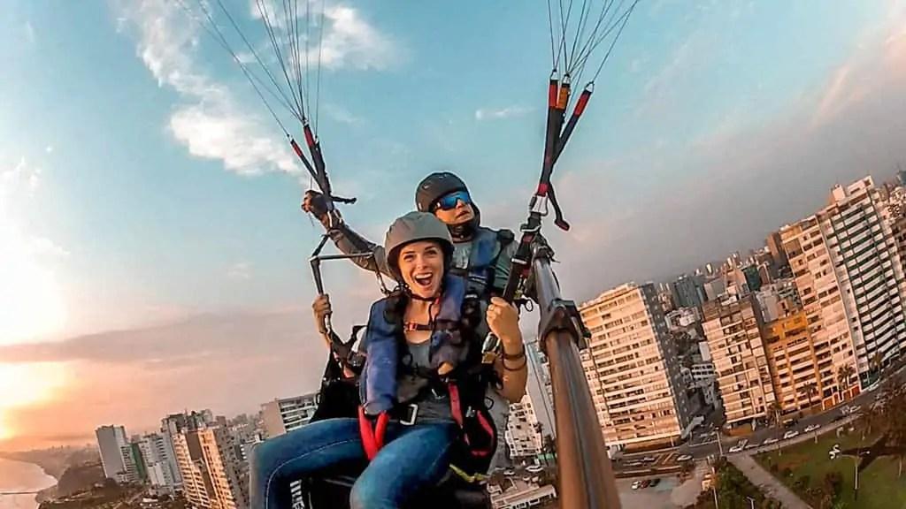 Paraglide in Miraflores