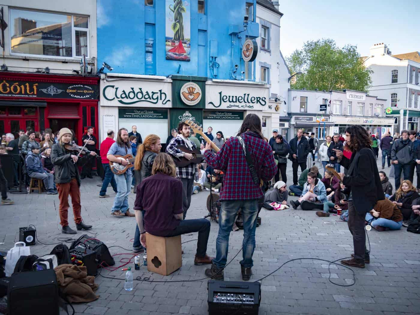 Listen to the Buskers of Galway