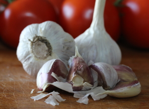 Kitchen Hack: How to Chop Garlic