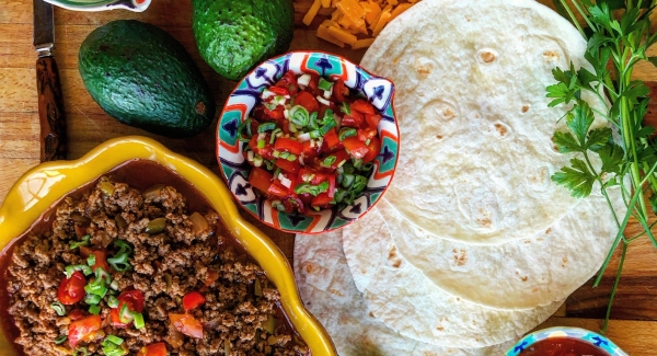 Party Essentials:  How to Host a Taco Party (and DIY taco seasoning recipe)