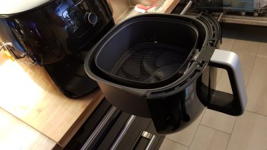 Philips-Airfryer-Avance-XXL-HD9652-Rails-2
