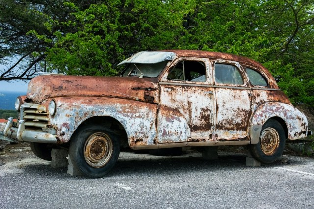 What to Do With Your Old Junker Car
