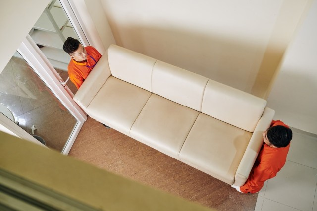 5 Reasons for choosing furniture removalists for stress free moves