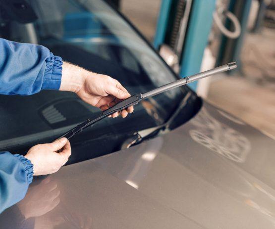 windscreen repair service in Cork