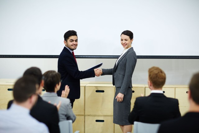 10 High-Paying Jobs For MBA Graduates In The UK (2021)