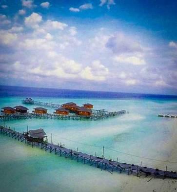 underwater-beauty-island-kalimantan-justgoindonesia-indonesia-travel-maratua-4
