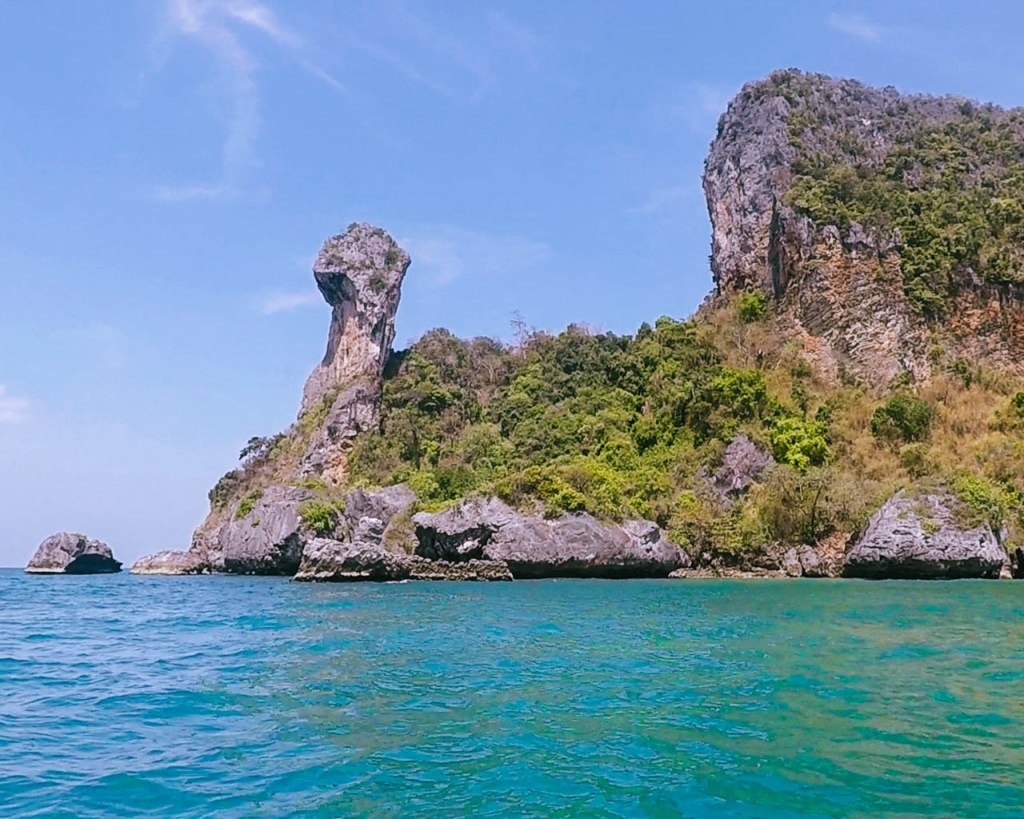 Chicken Island in Thailand, 4 Island Tour.
