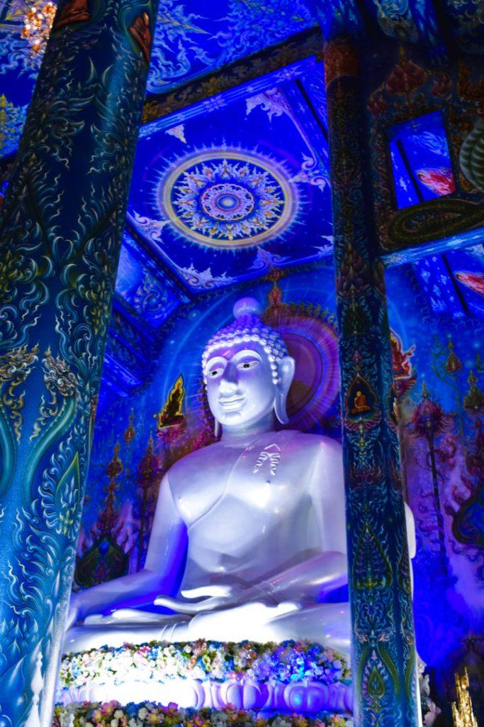 Big buddha in chiang rai blue temple