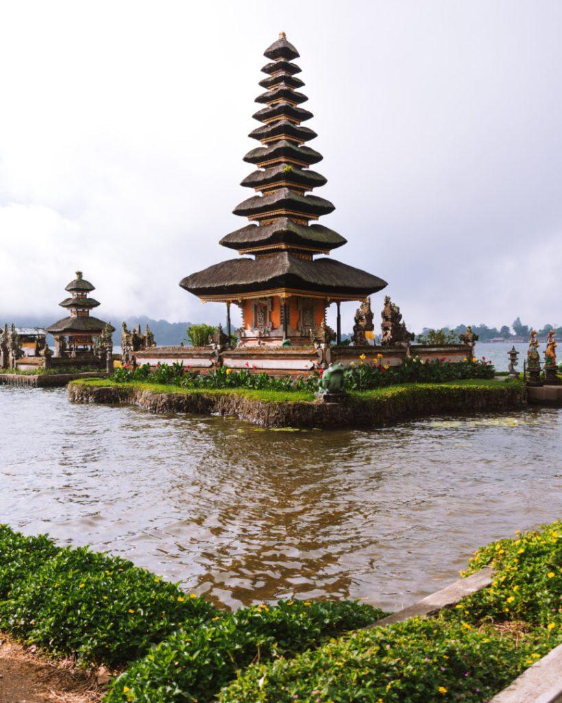 Ulun Danu Beratan Floating Temple