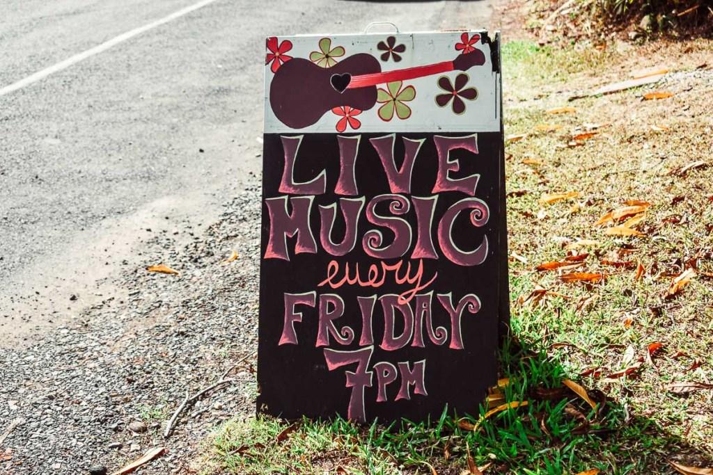 Bingil bay cafe live music sign