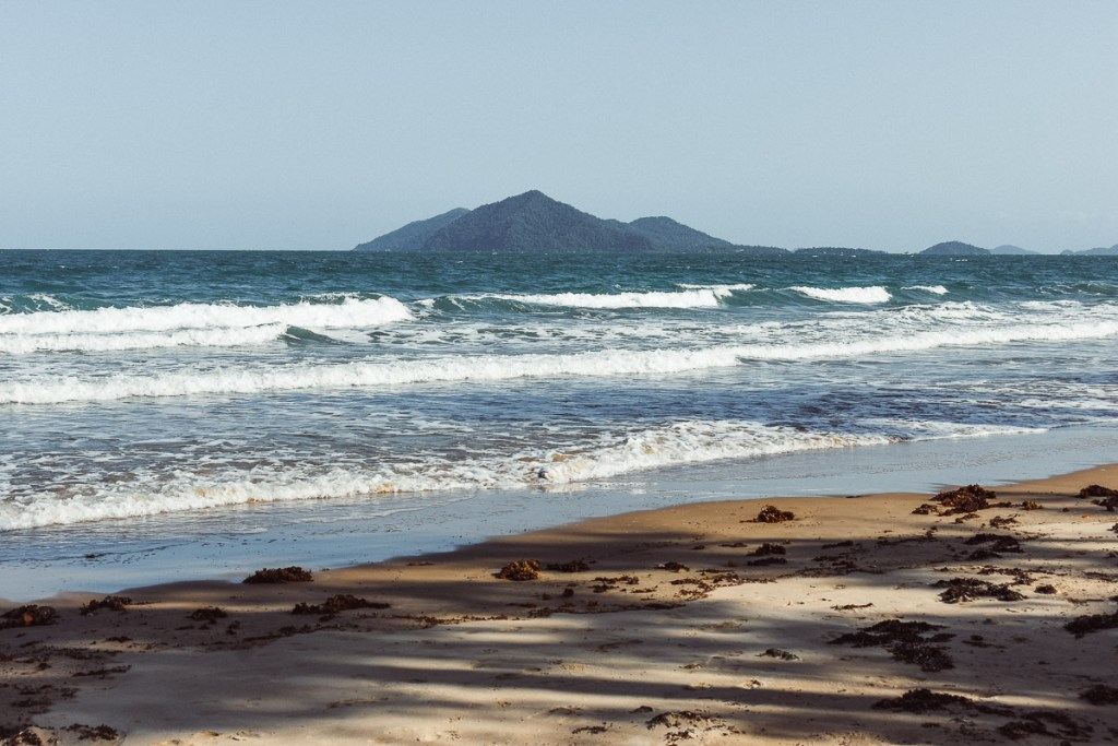 mission beach view to Dunk island