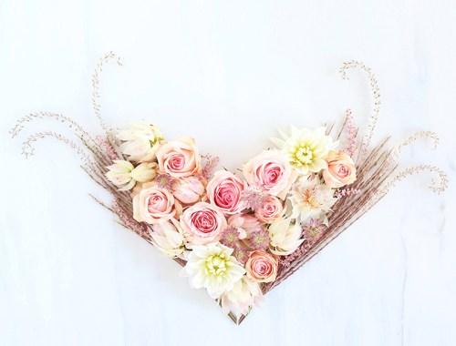 DIGITAL BLOOMS FEBRUARY 2018 | Free Blush Heart Desktop Wallpapers for Valentine's Day // JustineCelina.com x Rebecca Dawn Design