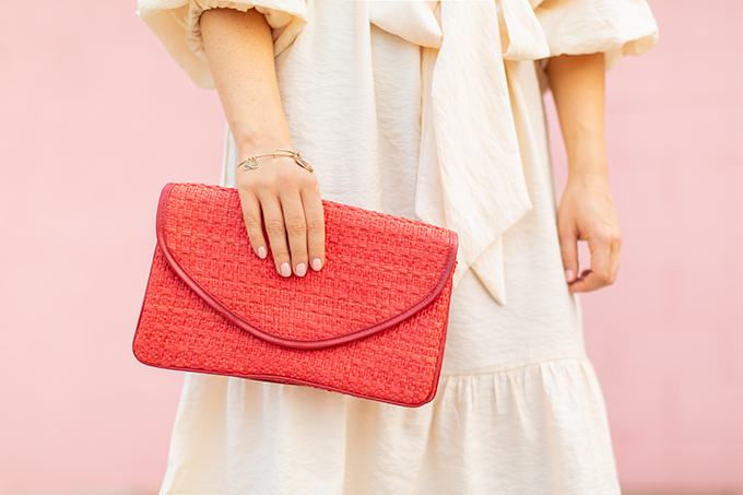 The Accessory Edit | Natural Material Bags | Vintage Red Italian Straw Clutch | How to Style Vintage Straw Bags | The Best Straw Bags 2018 // JustineCelina.com