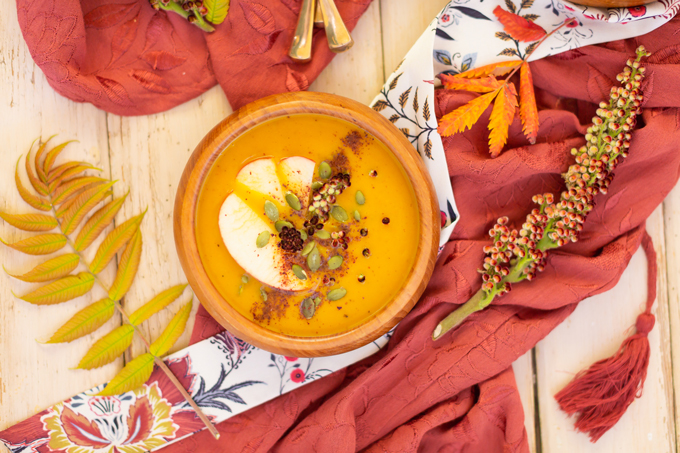 Sumac Roasted Carrot Apple Soup | A fruity, exotic twist on an autumnal classic | The Best Vegan Pureed Soup for Fall | Best Autumn Soup Recipes | Dairy Free Pureed Soups | Cozy Fall Soup Recipes | #glutenfree #dairyfree #vegan | Pureed Soup in a Vitamix | Roasted Carrot Soup For Fall | Fall Soup with Apples | How to Use Sumac | The Best Sumac Recipes | Sumac Health Benefits | Calgary Food Blogger, Food Stylist and Food Photographer // JustineCelina.com