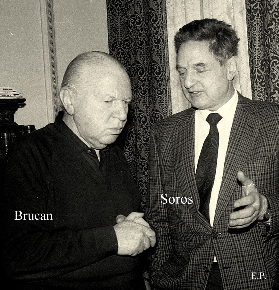 https://i2.wp.com/www.justitiarul.ro/wp-content/uploads/2015/05/Silviu-Brucan-si-George-Soros-la-sediul-GDS-ian-1990-Foto-Emanuel-Parvu-1.jpg