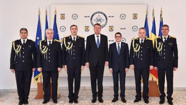 Klaus Iohannis a fost pe o mână cu SRI-ul încă de pe vremea când a candidat pentru Primăria Sibiu […]
