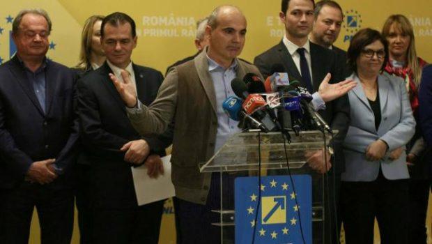 Topul averilor candidaților de la alegerile europarlamentare Primii 35 de candidați de pe locurile eligibile ale partidelor au […]