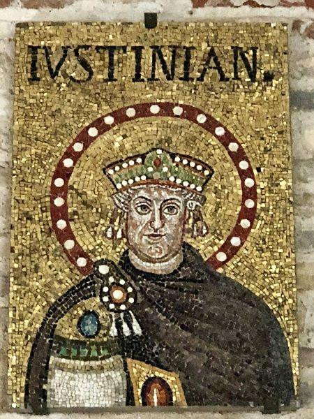 emperador justitiniano bolonia