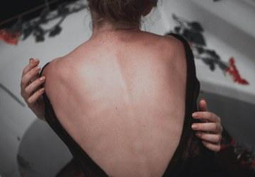 vrouw met pijn