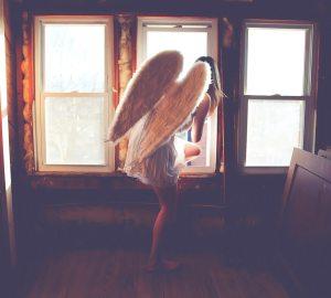 engel verkleed als controlearts