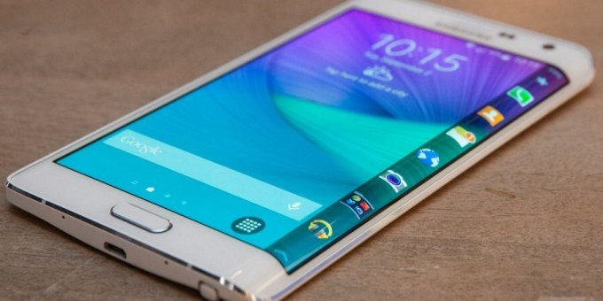Samsung testing two Galaxy Note 6 versions and one of them rocks a curved screen