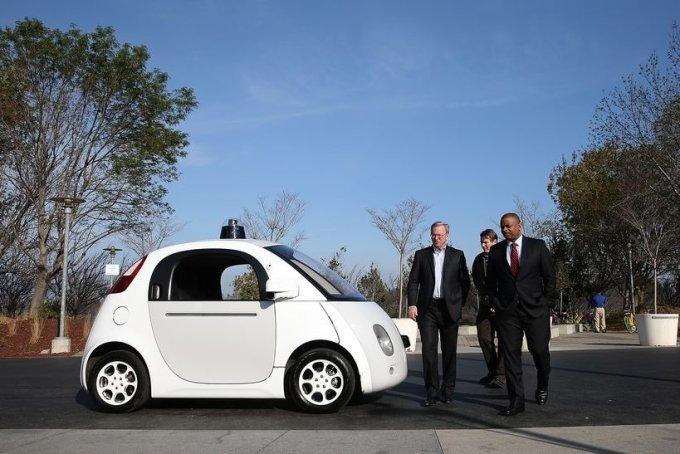 President Barack Obama says he wants self-driving cars