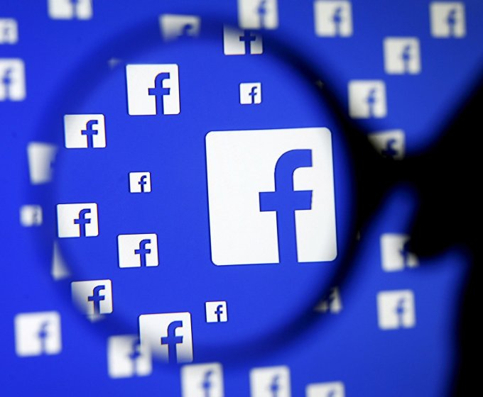 Facebook is rolling in support for casting videos from your desktop or phone