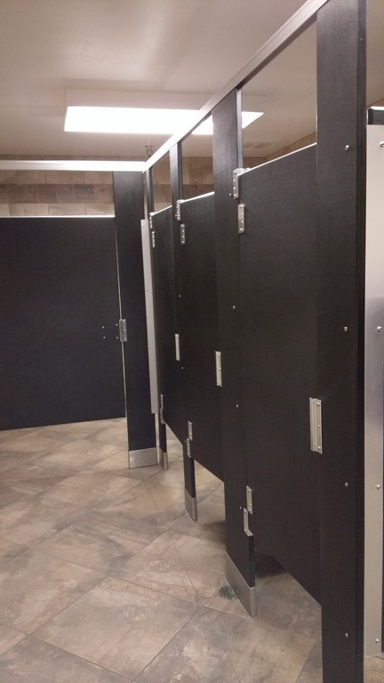 The home depot bathroom is better than any showroom floor for Bathroom partitions home depot