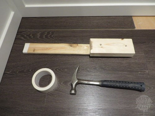 The floor installation tool and its accessories.