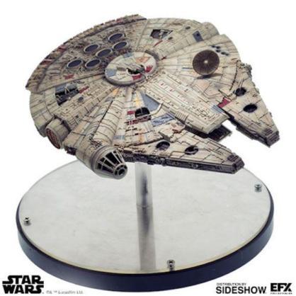 Millenium Falcon EFX Collectibles (1)