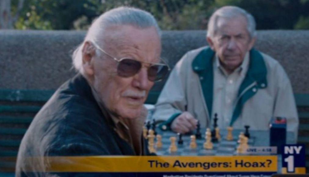 The Avengers (2012), Anziano al parco