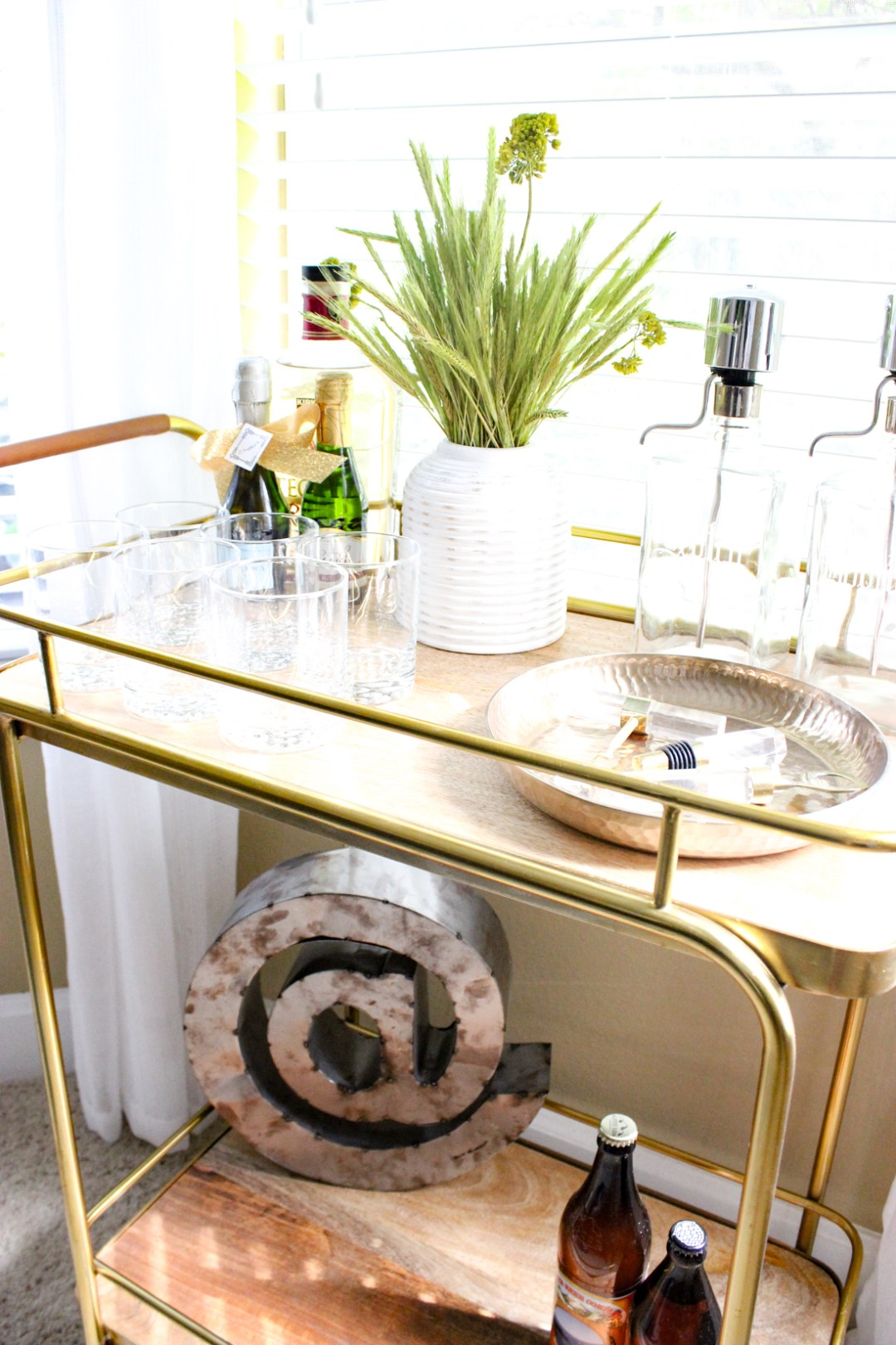 How to Style a Bar Cart-4