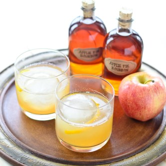 Apple Pie Bourbon Cocktail