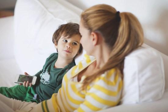 Como estimular o diálogo com meu filho? - Just Real Moms