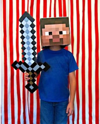 Fantasia infantil para menino de jogo da internet