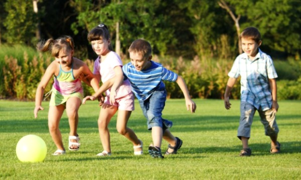 Por que o futebol pode beneficiar a vida das crianças?