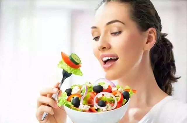 A alimentação da mulher multifuncional de hoje
