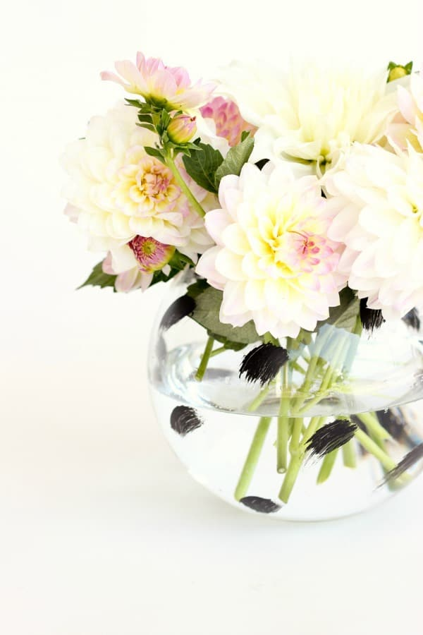 20 Creative DIY Vases For Decorating Your Home On A Budget