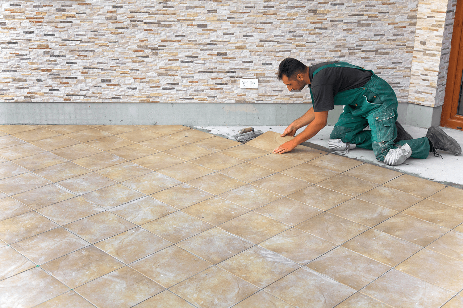 connecting customers to tile setters